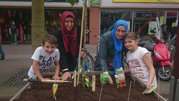 """""""Increadable Edable Pioneers"""" in Haarlemmermeer"""